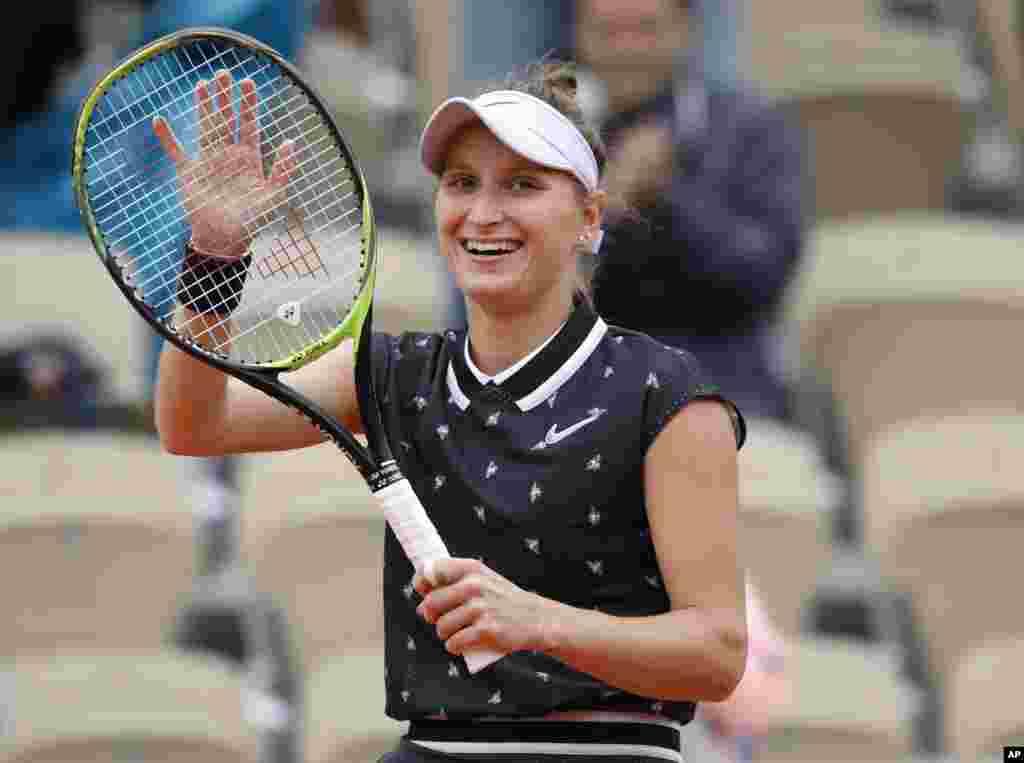 در مسابقات اوپن فرانسه، «مارکتا وانروسوا» تنیسور ۱۹ ساله چک با پیروزی بر رقیب بریتانیایی، به فینال رسید.