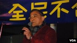 時事評論員黎則奮認為,泛民主派在「倒梁」運動沒有策略、各自為政