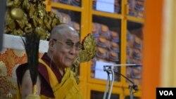Dalai Lama concludes Vietnamese teaching in Dharamsala