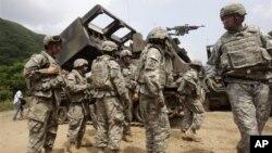 지난 6월 한국에서 열린 미-한 합동 군사훈련에 참가한 미 육군. (자료사진)