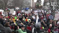 Thousands of Unions Workers Protest Michigan Right-to-Work Law
