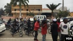 Moto taxistas manifestam-se
