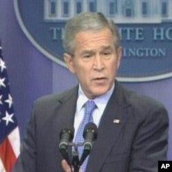 L'ancien président George W. Bush