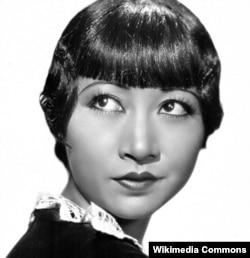 چینی نژاد امریکی اداکارہ اینا مے وانگ، جن کی شبہہ کا سکہ ڈھالا جائے گا۔