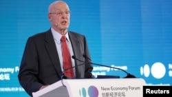 美國前財政部長保爾森11月21日在北京舉行的2019年新經濟論壇上發表講話。