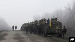 Konvoj ukrajinske vojske na putu između gradova Debaljceve i Artemivska