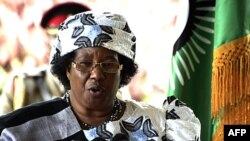 Malawi's new President Joyce Banda gives a press conference in Lilongwe. Banda said she was pinning her hopes on donors to re-open aid taps after she started talking to them on possible resumption of aid frozen over governance and macroeconomic concerns,
