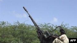 Binh sĩ chính phủ Somalia trong khu phố Hodon ở phía nam Mogadishu