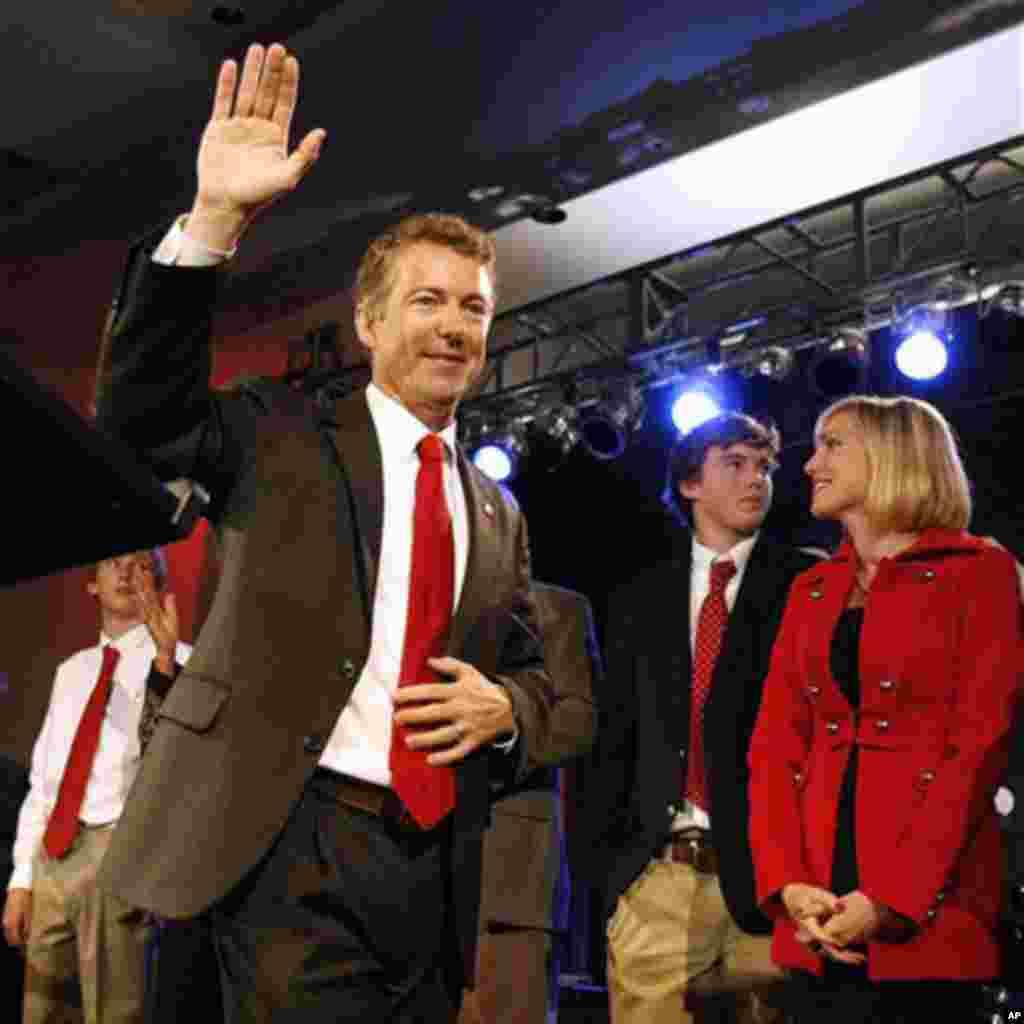 Rand Paul, nyote wa vuguvugu la Tea Party akishinda kiti cha Senet huko Kentucky kwa niaba ya chama cha Republican.