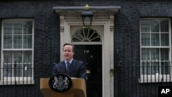 British Prime Minister David Cameron makes a statement outside 10 Downing Street in London, Feb. 20, 2016.