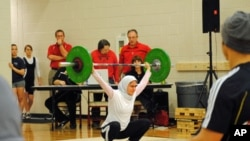 Kulsoom Abdullah competing at a 2010 Open Championship in the US state of Georgia