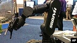 robots ແປວ່າຮຸ່ນຍົນ