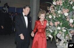 نانسی ریگان و همسرش پرزیدنت رونالد ریگان