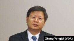 台湾卫生署疾病管制局长 张峰义(美国之音 张永泰拍摄)