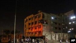 開羅國家安全機構辦公樓外發生爆炸後的現場情況