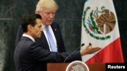 جریان ملاقات دانلد ترمپ با رئیس جمهور مکیسکو
