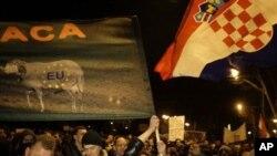 'Prosvjednike u Hrvatskoj najviše smeta korupcija i siromaštvo'