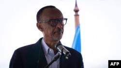 Président Paul Kagame ya Rwanda na mobembo mwa ye na Cabo Delogado, Mozambique, 28 septembre 2021.
