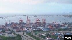 Thành phố cảng Sihanoukville ở Campuchia là nơi có một trong những dự án nổi bật nhất của Sáng kiến Vành đai và Con đường của Trung Quốc, Đặc khu Kinh tế Sihanoukville.