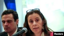 La Commissaire Antonia Urrejola, Rapporteur pour le Nicaragua de la Commission interaméricaine des droits de l'homme (CIDH), s'exprime lors d'une conférence de presse à Managua, au Nicaragua, le 21 mai 2018. REUTERS / Oswaldo Rivas