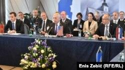 Crnogorski ministar obrane Predrag Bošković, američki ministar obrane James Mattis i hrvatski ministar obrane Damir Krstičević