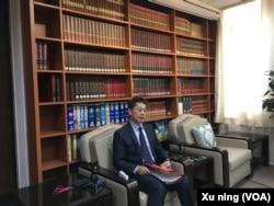 台湾外交部发言人李宪章(美国之音许宁拍摄)