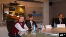 Участники видеомоста Москва – Вашингтон