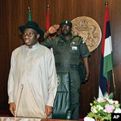 Nigeeria's new acting president and commander in chief Goodluck Jonathan is pictured as he takes office in Abuja, 10 Feb 2010