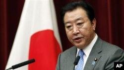 Perdana Menteri Jepang Yoshihiko Noda memberikan keterangan pers terkait perombakan kabinetnya di Tokyo (4/6).