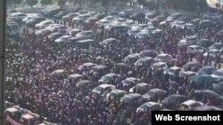2017年2月14日,中国大庆居民集体抗议当局未经充分论证和公告就引进高污染铝项目。(微博图片)