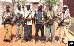 Des militants d'al-Shabab