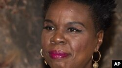 """""""Este tipo de comportamiento abusivo no está permitido en Twitter, y hemos tomado medidas con muchas de las cuentas reportadas tanto por Leslie como por otros"""", dijo un portavoz de Twitter."""