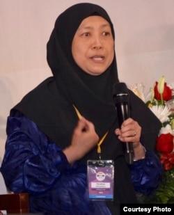 Feraliza Gitosaputro, pengurus layanan matrimonial Masyarakat Muslim Indonesia di Amerika (IMSA).