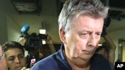 7일 브라질 의료업체 '매치 서비스'의 레이 웰런 이사가 입장권 불법 거래 혐의로 경찰에 체포되었다.