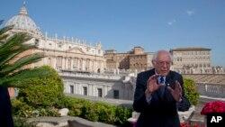 Берни Сандерс в Ватикане
