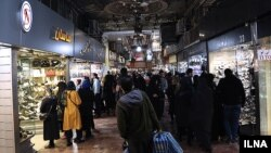 با وجود چالشهای کنونی، باز هم شرکتهای خارجی برای حضور در بازار پرسود ایران با یکدیگر رقابت میکنند.