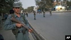واشنگتن پست: 'واگذاری یک پسته سرحدی به افغان ها'