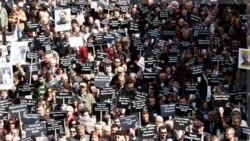 اعتراض به بازداشت بیش از ۳۰۰ نفر، از جمله روزنامه نگاران، دانشگاهیان و سیاستمداران در آنکارا