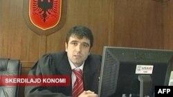 Ndërrohen tre drejtuesit kryesorë të policisë së Vlorës