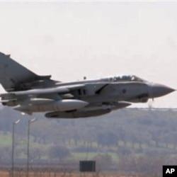 3月24日一架英国战斗机从意大利机场起飞