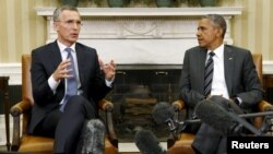 U.S. President Barack Obama meets with NATO Secretary-General Jens Stoltenberg in the Oval Office of the White House in Washington, May 26, 2015.