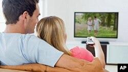 Orang yang menonton televisi lebih dari lima jam sehari berisiko dua kali lipat mengalami emboli paru yang fatal.