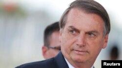Jair Bolsonaro tinha recusado evacuar os estudantes