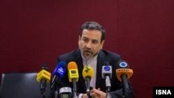 عباس عراقچی معاون سیاسی وزیر امور خارجه و از اعضای ارشد هیات مذاکره کننده هسته ای ایران - آرشیو
