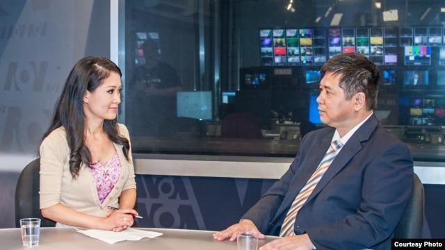 Trà Mi phỏng vấn Tiến sĩ Luật Cù Huy Hà Vũ