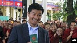 洛桑森格2011年3月20日参加西藏流亡政府总理选举