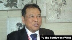 Ketua Mahkamah Konstitusi Indonesia Arief Hidayat di sela-sela pertemuan Asosiasi MK se-Asia di Solo (foto: VOA/Yudha Satriawan)