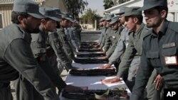 ظاهراً این نخستین بار است که پستهای معاونین اداری حوزه های امنیتی شهر کابل به رقابت آزاد گذاشته میشود