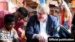 Menteri Luar Negeri Inggris Boris Johnson bertemu warga Muslim Rohingya (foto: ilustrasi).