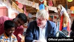 ၿဗိတိန္ႏိုင္ငံျခားေရး၀န္ႀကီး Boris Johnson ရခိုင္ေျမာက္ပိုင္း ခရီးစဥ္
